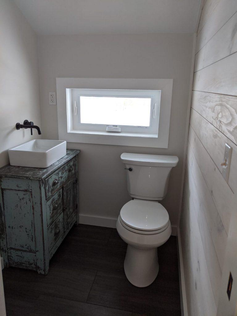 Closet bathroom