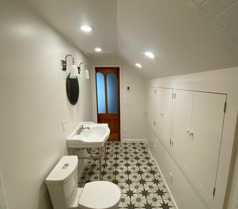 Vintage meets Farmhouse Bathroom Remodel